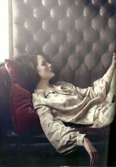 Michelle Dockery Harpers Bazaar UK | I thought she was Rachel Weisz for a minute. They need to do something in which they play haughty yet hauntingly vulnerable sisters with crisp elegance and intelligence.