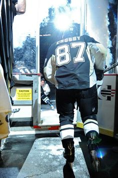 Sidney Crosby (click to view)