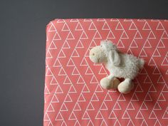 DANCING TRIANGLES CORAL - Crib Fitted Sheet - Baby/Toddler Bed Sheet