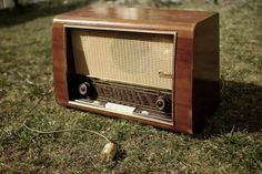 Tube radio husk gets a web radio transplant  http://hackaday.com/2013/04/16/tube-radio-husk-gets-a-web-radio-transplant/