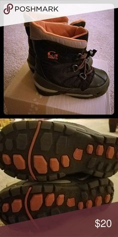 Sorel boots Boys size 13 Sorel Shoes Boots