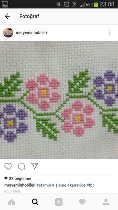 Gabrielly Cute Cross Stitch, Cross Stitch Borders, Cross Stitch Rose, Modern Cross Stitch Patterns, Cross Stitch Flowers, Cross Stitch Charts, Counted Cross Stitch Patterns, Cross Stitch Designs, Cross Stitch Embroidery