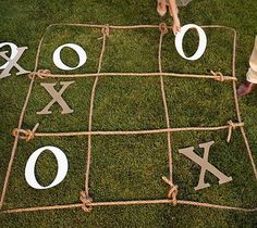23 (Fun!) Wedding Lawn Games for Guests |