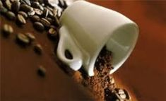 Nothing like the smell of freshly ground coffee! Coffee Is Life, Coffee Love, Best Coffee, Iced Coffee, Coffee Cups, Coffee Facts, Coffee Health Benefits, New Tricks, Kitchen Hacks