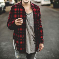 Breathtaking 51 Fashionable Flannel For Men Style Ideas from https://www.fashionetter.com/2017/06/18/51-fashionable-flannel-men-style-ideas/