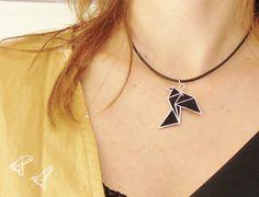 plastique dingue colorié au posca oiseau origami Bottle Jewelry, Diy Jewelry Necklace, Jewellery, Plastic Fou, Shrink Plastic, Recycled Jewelry, Handmade Jewelry, Shrink Paper, Fashion Jewelry