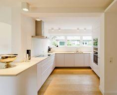 Haus G : Moderne Küchen von Ferreira | Verfürth und Partner Architekten mbB