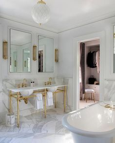 Happy Friday everyone! Enjoy and see you Monday:) And some new arrival things I like: Images Aidan Design (here). Images Sarah Winchester Studios (here) Bathroom Spa, Bathroom Vanity Lighting, Bathroom Faucets, Modern Bathroom, Master Bathroom, Bathroom Ideas, Bathroom Cabinetry, Bathroom Inspiration, Small Bathroom
