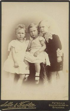 The 3 eldest children of Augusta and Wilhelm. Left to right, Prince Eitel-Friedrich, Prince Adalbert, and Crown Prince Friedrich Wilhelm. This is my favorite pic of these 3 brothers together. I just love the serious looks on their little faces! Wilhelm Ii, Kaiser Wilhelm, German Royal Family, Queen Victoria Family, Germany And Prussia, Royal Families Of Europe, Royal Photography, Young Prince, Second Empire