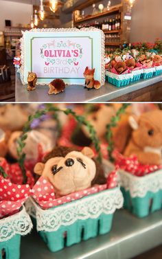 Modern & Vibrant Woodland Birthday {SO CUTE!} // Hostess with the Mostess®