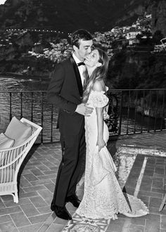 A quiet moment before the reception started with Positano in the background.