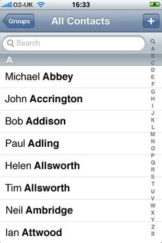 een annotated scrollbar in contacts op een mobiele telefoon