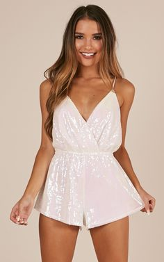 The beautiful Big Apple Playsuit features lace over contrasting material to give you the cutest lace playsuit! Other features include a low backline and a deep V neckline with spaghetti straps. There is also a self-tie at the back and an invisible zip for Backless Playsuit, Lace Playsuit, White Playsuit, White Sparkly Dress, Pink Sequin, Stretch Dress, Playsuits, Jumpsuits For Women, Dresses Online