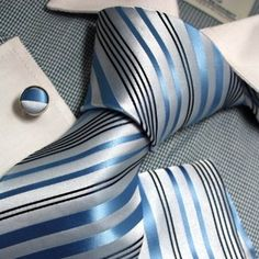 Blue and White Length, Width Matching cufflinks and pocket square Suit Fashion, Mens Fashion, Tie A Necktie, Shirt And Tie Combinations, Mens Silk Ties, African Men Fashion, Sharp Dressed Man, Tie And Pocket Square, Gentleman Style