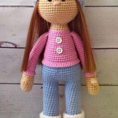 Patrón de Muñeca Crochet Molly Crochet Doll Pattern, Crochet Dolls, Crochet Patterns, Crochet Hats, Patron Crochet, Amigurumi Doll, Diy, Crafts, Hatsune Miku