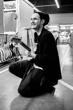 Josh Klinghoffer, Red Hot Chili Peppers | Fender guitar