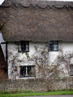 Cottage in Cotswolds! I would love a house like this one day