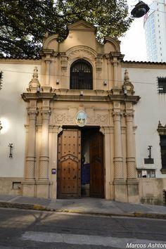 El Museo de Arte Hispanoamericano Isaac Fernández Blanco se encuentra en el Palacio Noel, que fue construido en la década de 1920, por el arquitecto Martín Noel. Está ubicado más precisamente en el barrio de Retiro BUENOS AIRES