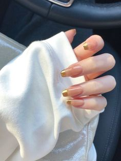 Chic Nails, Glam Nails, Stylish Nails, Trendy Nails, My Nails, Gold Tip Nails, Perfect Nails, Gorgeous Nails, Mode Inspiration