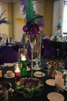 Sweet 16 Masquerade, Masquerade Theme, Masquerade Costumes, Masquerade Ball, Mardi Gras Centerpieces, Mardi Gras Decorations, Mascarade Party Decorations, Mardi Gras Outfits, Mardi Gras Costumes