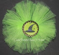 Bright green tulle witch hat bottle cap bow by Cutiepatootie1, $5.50