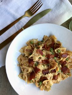 bacon peas farfalle