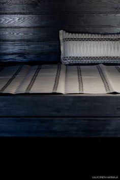 Kodin1-yhteistyö Valkoinen Harmaja -blogin kanssa. Sauna Shower, Sauna Accessories, Outdoor Sauna, Finnish Sauna, My Dream Home, Bathing, New Homes, Relax, Interior Design