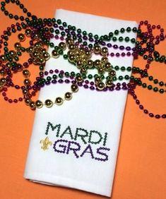mardi gras cloth napkins, mardi gras napkins, mardi gras party ideas, mardi gras dinner party ideas, embroidered mardi gras napkins