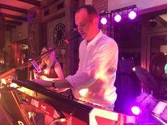 Na weselu w górach🎶🎸Zespół muzyczny Konarski&Band  www.piotrkonarski.pl #wedding #music #musician #live #scenery