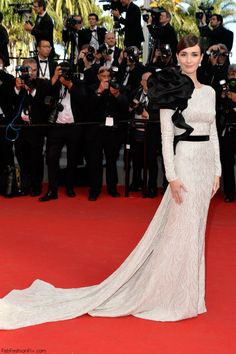 Paz Vega in Ralph & Russo gown at the closing ceremony of 67th Cannes Film Festival.