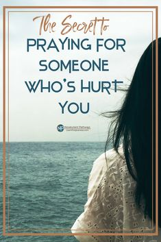 How we pray matters, and praying for someone who's hurt you is difficult. Use this prayer guide to help you pray for your offender, and walk in the way of forgiveness. #forgivenesslesson #forgivenessprayer #prayerguide #forgive #biblicalforgiveness #christianlifecoach #biblicalforgiveness #christianwomen #womensministry