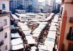 Dillo a #NapoliTime  Vomero: no alle fiere natalizie nelle aree pedonali