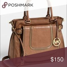 michael kors bag Noami shoulder tore large. Comes with crossbody strap. Brown/ luggage color. Still in like new condition. No longer wear. MICHAEL Michael Kors Bags Totes