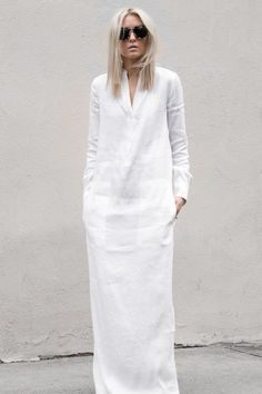 figtny.com | Elevated Essentials - Vince Spring. Minimalist fashion and style, Scandinavian style, black and white, monochromatic fashion. Style ideas for minimalists. Konmari. Minimal | Chic | Classic
