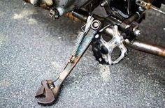 Creative kickstand. Make it your own! #custom  @flashmotorbikes