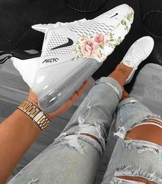 Discover recipes, home ideas, style inspiration and other ideas to try. Cute Swag Outfits, Cute Comfy Outfits, Trendy Outfits, Emo Outfits, Disney Outfits, School Outfits, Cute Nike Shoes, Nike Air Shoes, Sneakers Fashion Outfits