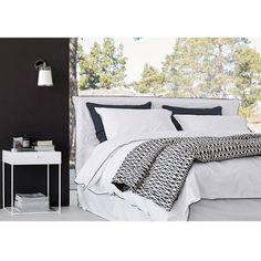 1000 id es sur le th me cache sommier sur pinterest. Black Bedroom Furniture Sets. Home Design Ideas