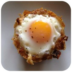 Baked eggs in a stuffing cup
