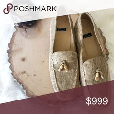 🎄 Stuart Weitzman Loafers With Tassels NWOT Beaded tassel loafers with 2 to 2.5 inch heel.  They were tried on so they have slight wear but appear to be NWOT. No box. Stuart Weitzman Shoes