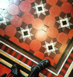 Another #pubfloor #tiling #tiledesign #pattern #ceramic #style #littlevenice on the way home from delicious #dimsum #lunch by cardabelledesign