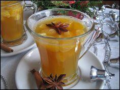Do kastrůlku vlijeme med, přidáme skořici, hřebíčky, badyán a zalijeme 1,5 hrnkem vody. Přivedeme k varu, vaříme 5 minut na mírném ohni, pak... Tea Recipes, Cooking Recipes, Beverages, Drinks, Cocktails, Smoothies, Food And Drink, Pudding, Yummy Food