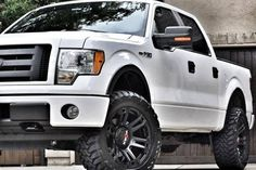 Worx Wheels provide some of the best light truck, SUV and offroad truck wheels. The bold Worx designs are tailored to meet different style needs. Black Truck, White Truck, Wheel Logo, Molon Labe, Truck Wheels, Cool Trucks, Pickup Trucks, Cars Motorcycles, Dream Cars
