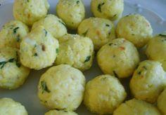 Rýžové kuličky do polévky | NejRecept.cz Kid Friendly Dinner, What To Cook, Dumplings, Cauliflower, A Table, Food And Drink, Soup, Potatoes, Pasta