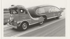 The Labatt's Streamliner