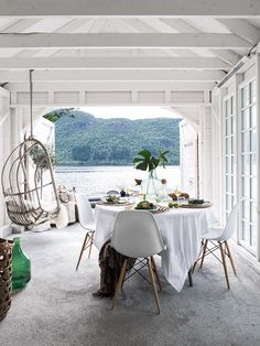 View and hanging chair