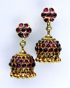South India | Gold swaying earrings (jimki) with rubies | ca. 19th century  | Susan L. Beningson Collection