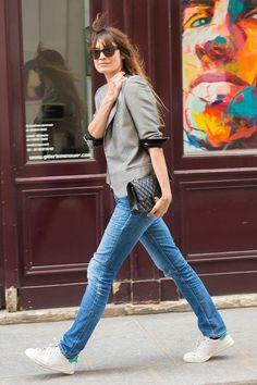 just cruising around being really freakin cool. #CarolineDeMaigret in Paris.