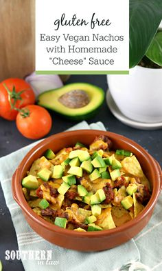 This Easy Vegan Nacho Recipe is seriously delicious and so simple to make. Corn chips are loaded up and oven baked with a topping of tomato and beans and topped with avocado and a generous drizzle of homemade cashew cheese sauce. Cashew Cheese Sauce, Homemade Cheese Sauce, Vegan Cheese, Veggie Recipes, Mexican Food Recipes, Veggie Meals, Healthy Recipes, Healthy Meals, Ethnic Recipes