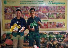 Bank Sampah Melati Bersih: Kunjungan Tamu dari Mahasiswa Universitas Prasetiy... Baseball Cards
