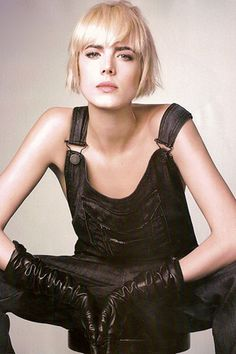 Agyness Deyn. how does she pull all this stuff off.